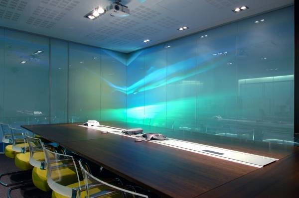 PRIVA-LITE Switchable Glass – Privacy On Demand!